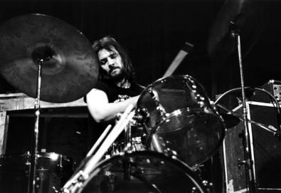 Scott Asheton, baterista dos Stooges, morre aos 64 anos