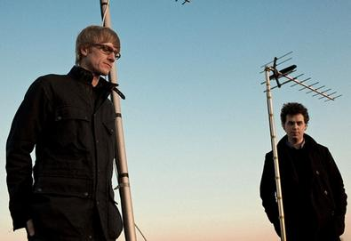 Simian Mobile Disco divulga novo single; ouça aqui