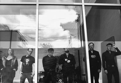 Stars anuncia novo álbum, 'There Is No Love in Fluorescent Light'
