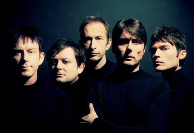 "Vídeo: Suede - ""The Invisibles"""
