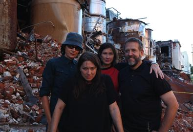 "Nova música: The Breeders - ""Nervous Mary"""