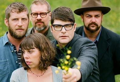 "Nova música: The Decemberists - ""Traveling On"""