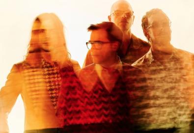 """Weezer libera uma nova canção, """"Beach Boys"""""""