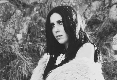 """Chelsea Wolfe - """"Iron Moon"""""""