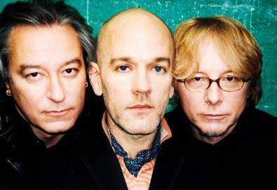 """R.E.M. lança single - """"Fascinating"""" - em benefício das vítimas do Furação Dorian nas Bahamas"""